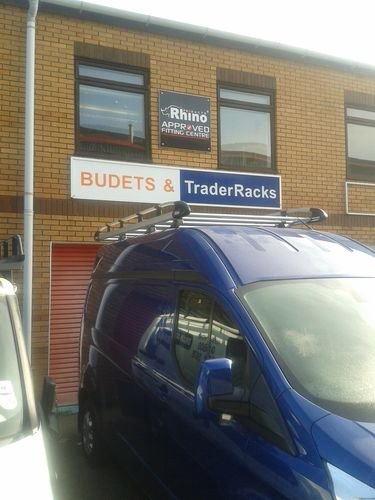 Transit Custom H2, L1 Roof Rack Rhino Aluminium Racks - Free Fitting Offer